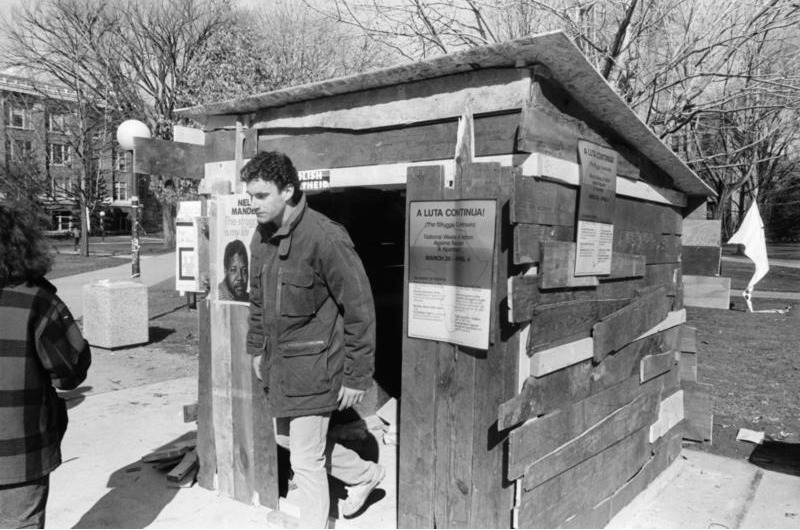 Shanty on U-M Diag, erected to symbolize the general conditions of blacks in South Africa, March 21, 1986