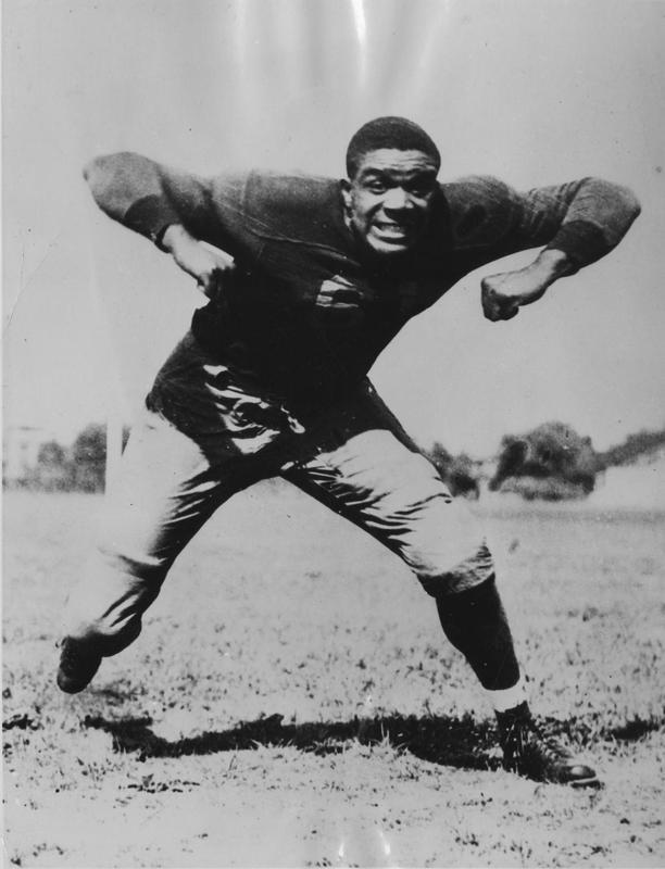 Willis Ward, UM Football, 1934